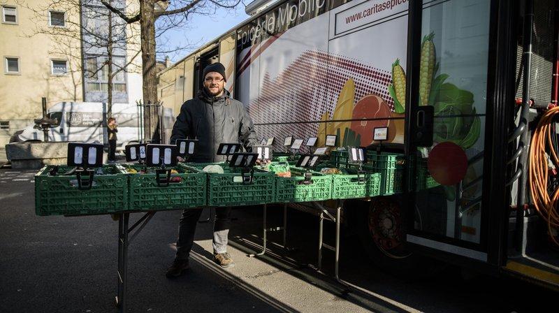 Faute de moyens, l'épicerie mobile laisse ses clients dans le besoin