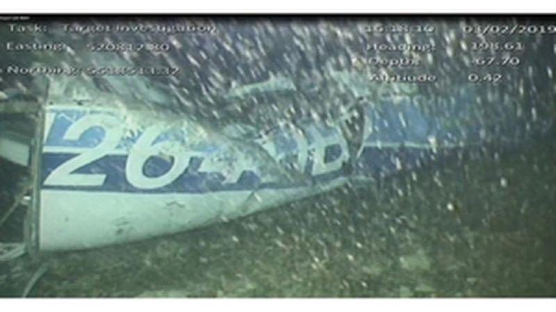 Disparition d'Emiliano Sala: un corps retrouvé dans l'épave de l'avion du footballeur argentin