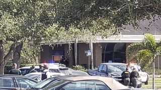 Floride: une fusillade dans une banque fait au moins cinq morts