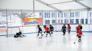 Les jeunes hockeyeurs se sont éclatés à Gland