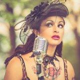 Chansons polissonnes & rétro by Lili Roche