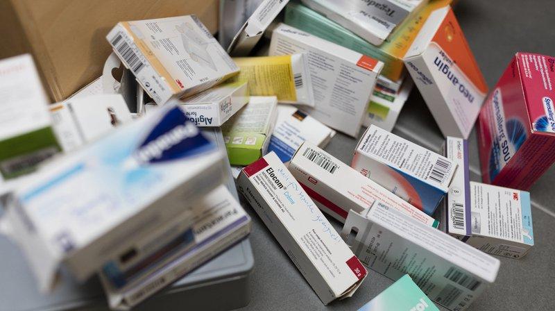 Santé: un Suisse sur deux prend des médicaments chaque semaine