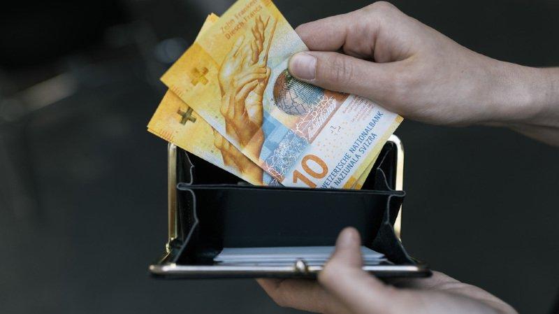Pauvreté: les personnes dans le besoin devraient pouvoir effacer leur dette