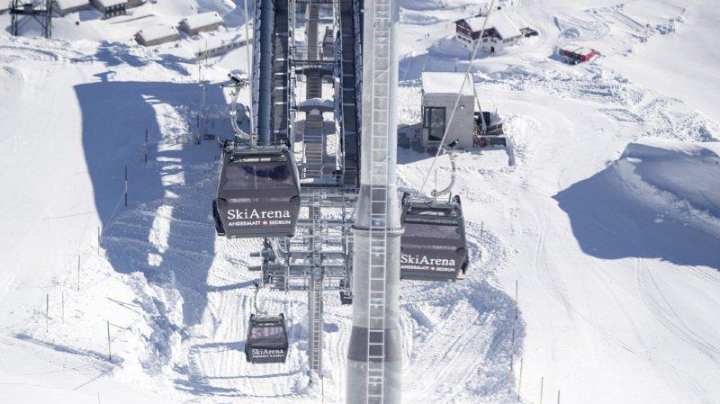 Uri: un adolescent percute un groupe de skieurs à Andermatt, quatre enfants blessés