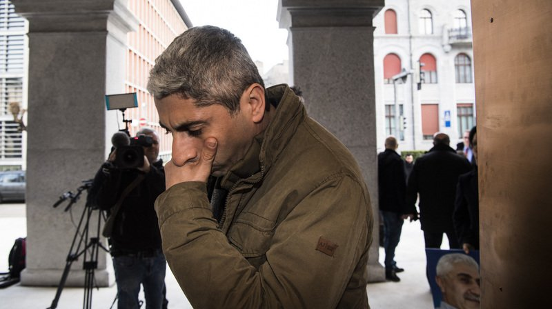Tessin: l'ex-sergent de l'armée suisse qui a combattu en Syrie condamné à 90 jours amende avec sursis