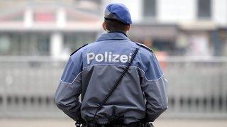 Zurich: licenciement d'un policier municipal qui aurait empoché l'argent des amendes pendant plus de 20 ans