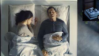 Ce lit intelligent pourrait empêcher votre partenaire envahissant de prendre toute la place