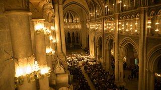 3700 bougies éclairent la cathédrale de Lausanne