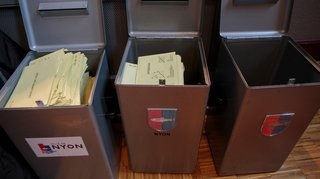 Hausse d'impôts à Nyon: des bulletins de vote défectueux