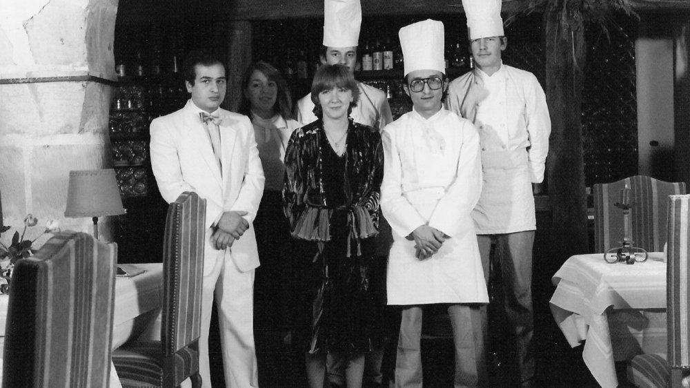 La brigade du Cerf en 1982, avec au centre Christine et Carlo Crisci.