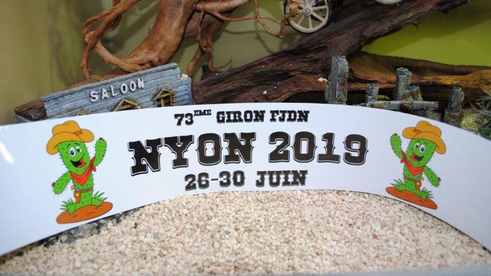Le bras de fer entre la direction des cliniques privées voisines et les organisateurs du giron des jeunesses à Nyon n'est pas terminé, mais les seconds ont remporté une victoire d'étape.