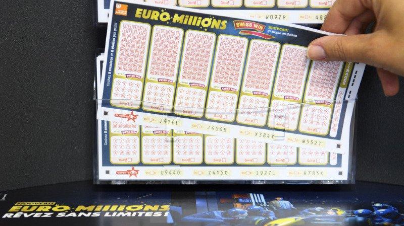 5 numéros et 2 étoiles ont suffi pour rendre un joueur ou une joueuse multimillionnaire.