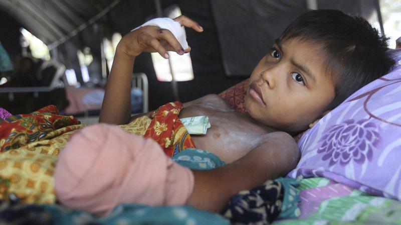 Quelque 6000 enfants vivent encore dans des hébergements temporaires comme des tentes.