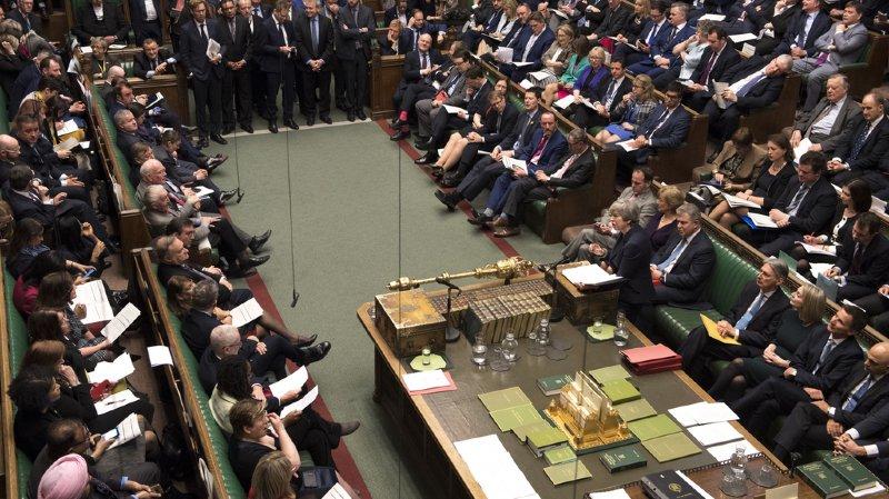 Les députés britanniques ont rejeté mercredi l'option d'une sortie de l'Union européenne sans accord.