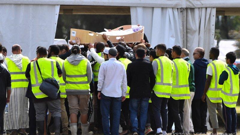 Attentat en Nouvelle-Zélande: les premières funérailles ont eu lieu