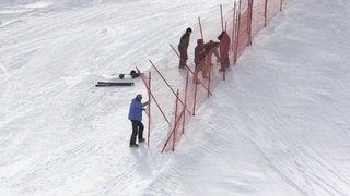 Construction du parcours de snowboard et skicross à Veysonnaz