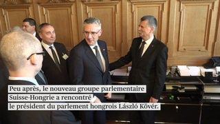 Parlement: la gauche proteste contre la présence d'une délégation hongroise