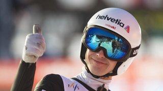 Saut à skis: Simon Ammann bat son propre record de Suisse avec un vol à 243 mètres