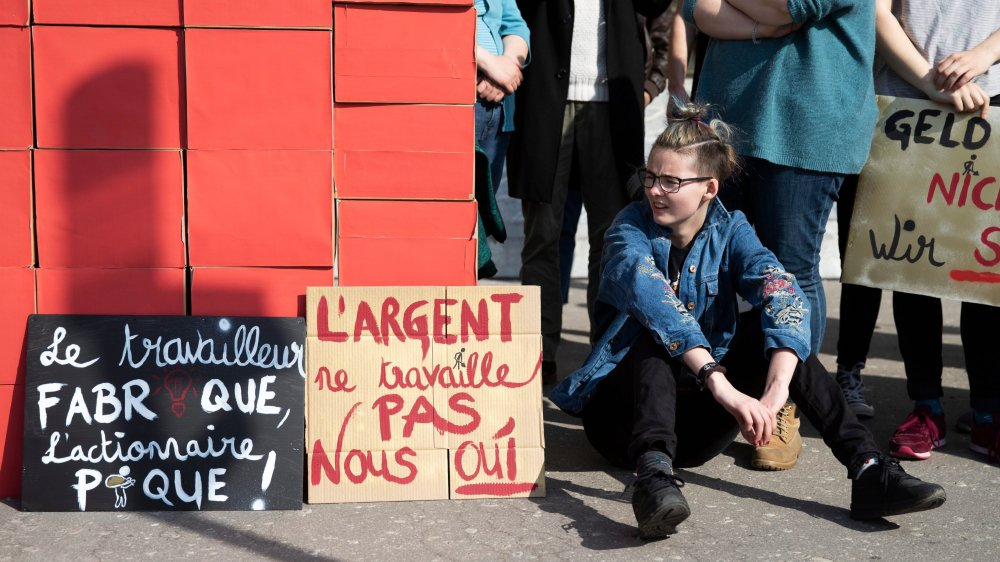 Les Jeunes socialistes, hier, à Berne.