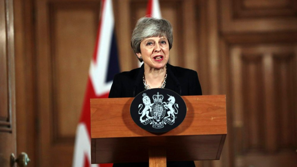 Après avoir passé la journée barricadée à Downing Street, Theresa May a assuré, à nouveau, hier que «sortir avec un accord serait la meilleure option».