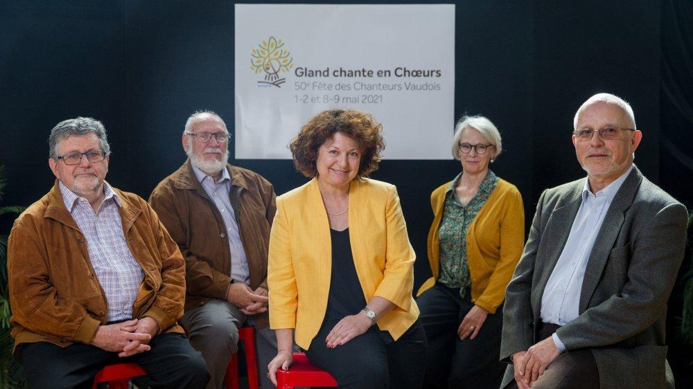Une partie des membres du comité d'organisation: (de g. à dr.) Robert Barbey, Alain Tzaud, Jacqueline Dang, Isabelle Loup et Claude Narbel.