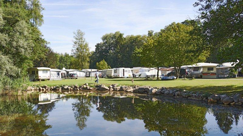 Tourisme: le camping a atteint des records de nuitées en 2018