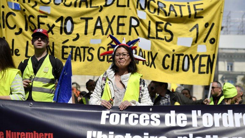 Moins de heurts et plus de policiers à Paris lors de cette vingtième journée de manifestation.