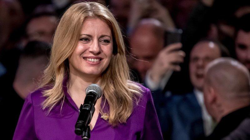 Les analystes comparent Mme Caputova au président français Emmanuel Macron, un outsider arrivé au pouvoir en 2017 avec un programme réformiste.