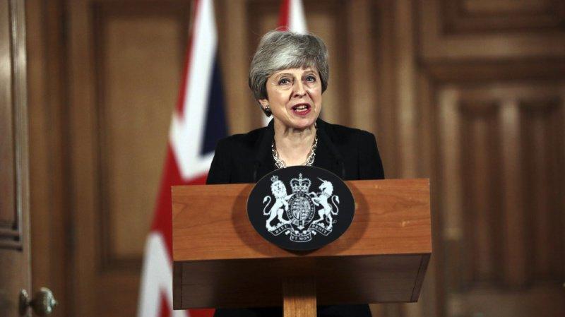 Brexit: la Première ministre britannique Theresa May veut un nouveau report