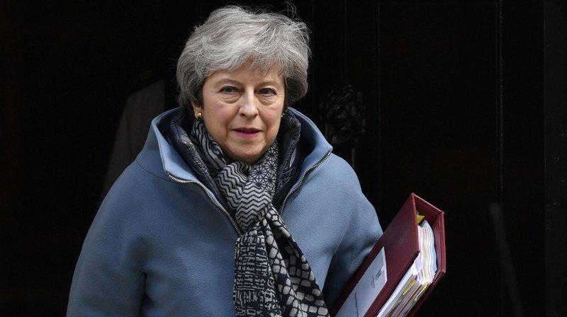 Theresa May propose un report du Brexit jusqu'au 30 juin
