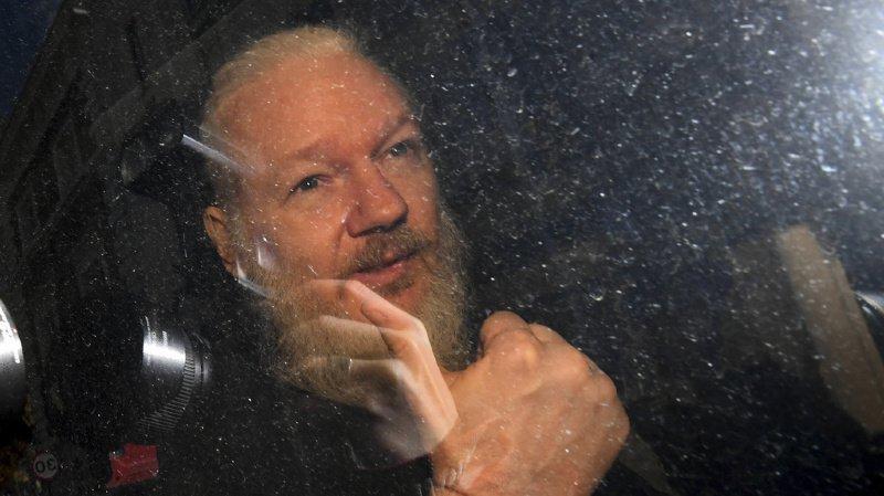 WikiLeaks: Julian Assange arrêté par la police dans l'ambassade d'Equateur