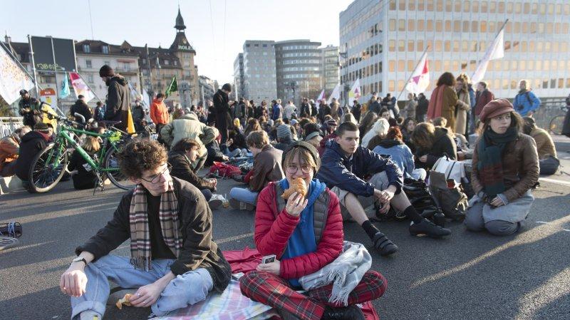 Lausanne: le pont Chauderon bloqué pour le climat