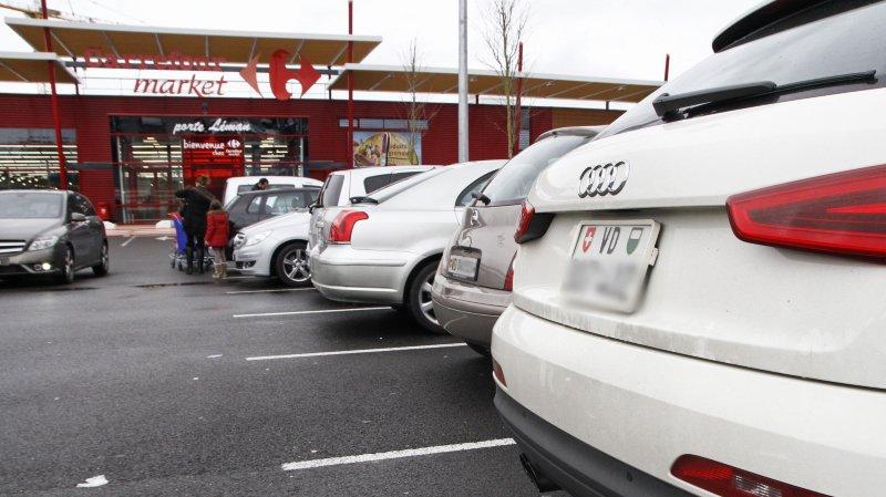 Le tourisme d'achat entre Suisse et France agite les débats, sur fond de difficultés pour les commerces locaux de ce côté-ci de la frontière.