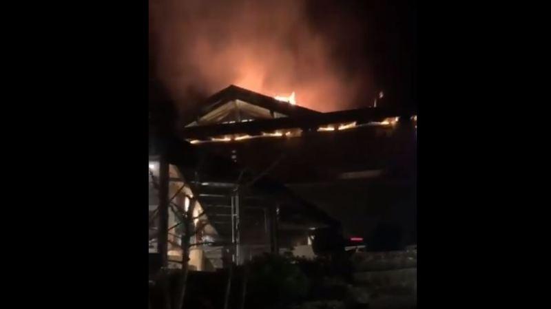 France: plus de 180 personnes ont été évacuées suite à l'incendie d'un hôtel de luxe