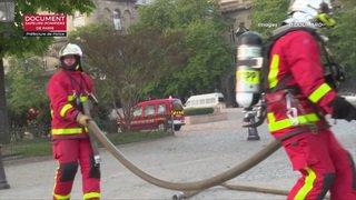 Notre-Dame: une nouvelle vidéo montre la lutte des pompiers au milieu des flammes