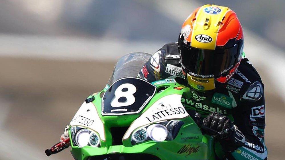 Sébastien Suchet au guidon de la Kawasaki n° 8 du Bolliger Team Switzerland.