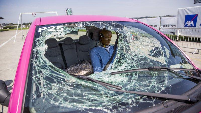 Accident de voiture: les places arrière seraient les plus dangereuses