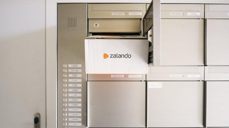 E-commerce: les Suisses retourneraient jusqu'à 5 millions de paquets, chaque année, chez Zalando
