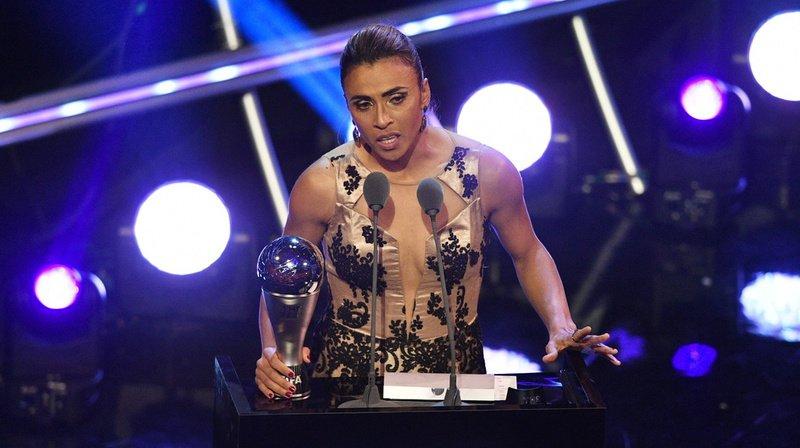 Football: la FIFA ajoute deux prix dédiés au foot féminin