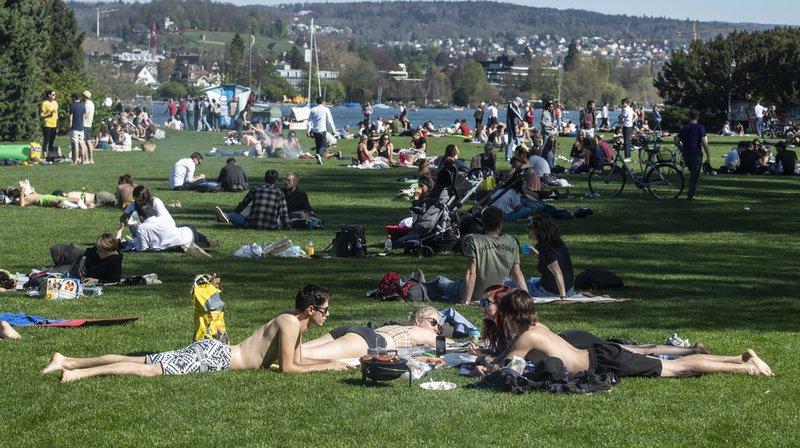 Les parcs ont pris parfois des allures de vacances estivales durant le mois d'avril.