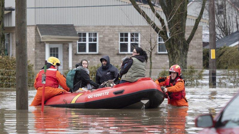 Inondations au Canada: une digue cède près de Montréal, plus de 6000 évacués