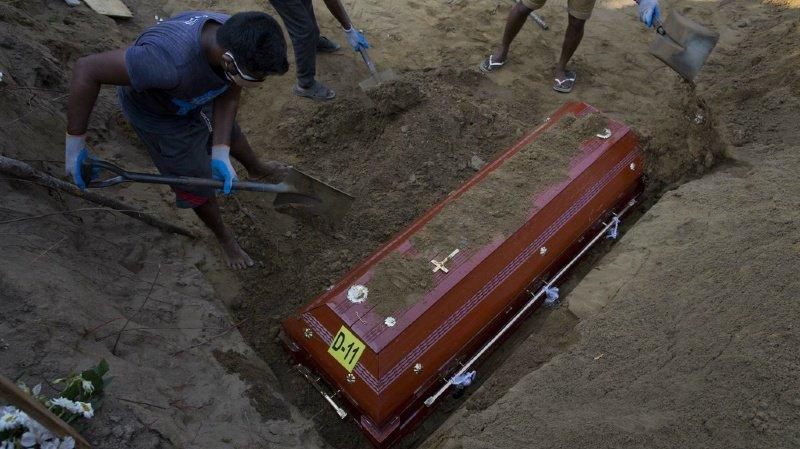 Le personnel médical a achevé l'ensemble des autopsies jeudi soir.