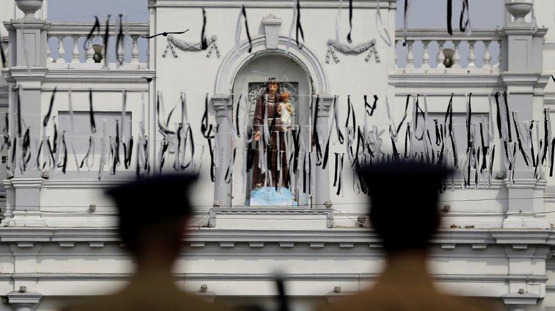 Cinq personnes domiciliées en Suisse ont perdu la vie dans les attentats de Pâques au Sri Lanka.