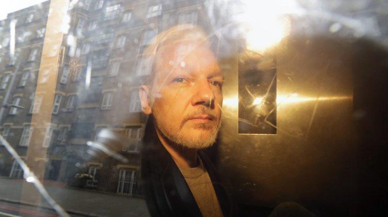 Des juristes suisses de renom veulent que la Suisse accordent l'asile à Julian Assange, fondateur de Wikileaks
