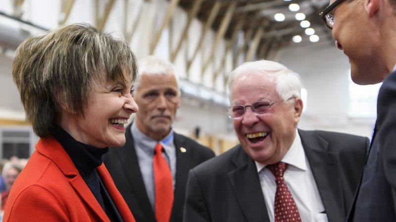 Si les sourires sont de rigueur après l'assemblée, les débats entre Micheline Calmy-Rey, Christoph Blocher, et Roger Köppel ont été tendus.