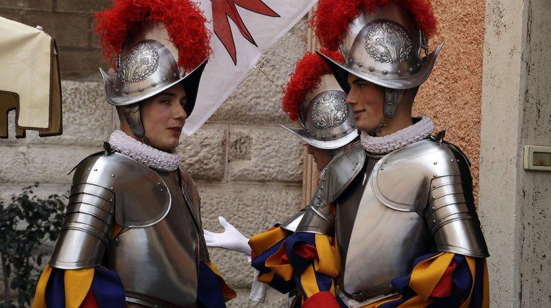 Vatican: 23 nouveaux gardes suisses ont prêté serment