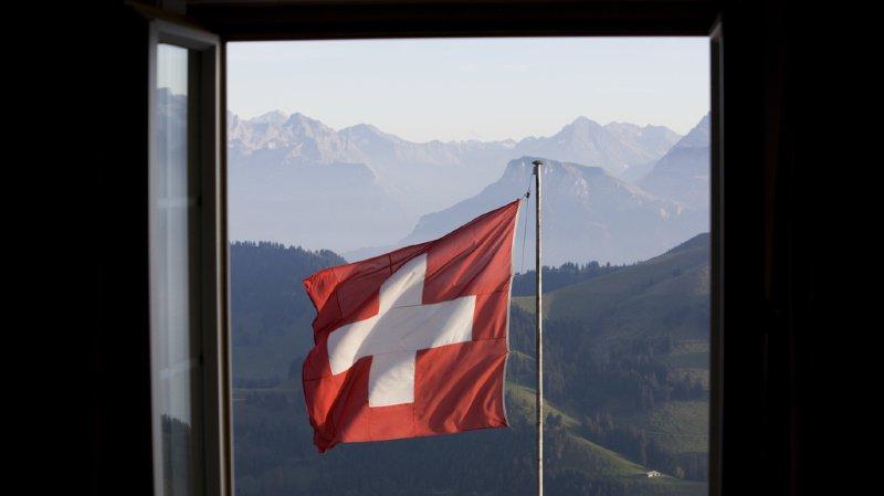 Une langue suisse méconnue, des alarmes subventionnées et le premier réseau 5G européen… l'actu suisse vue du reste du monde
