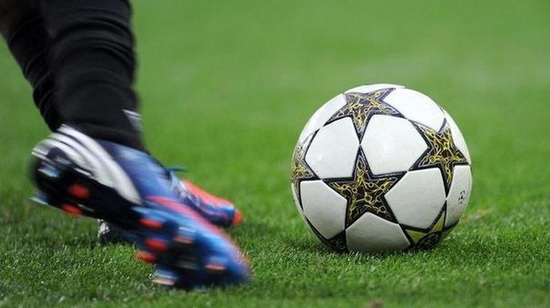 Le match a été interrompu durant plusieurs minutes.