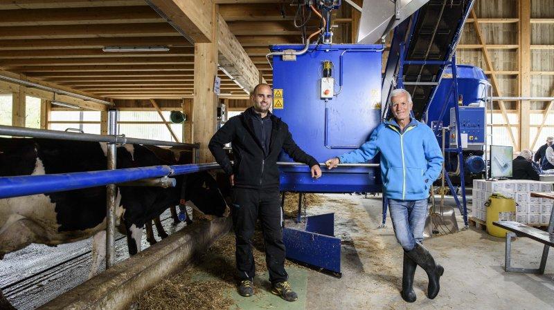 Une ferme robotisée pour rester dans le lait et miser sur le bio