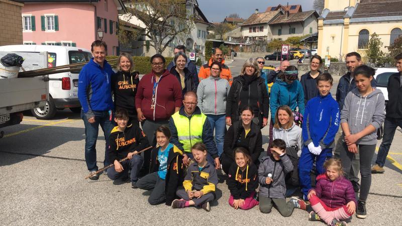 La petite équipe de Montherolis a bien travaillé et évacué bon nombre de déchets dans la commune.